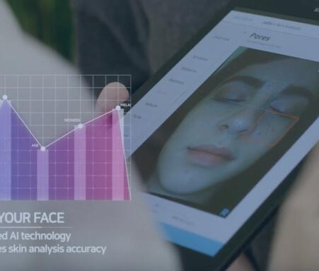 Imagen de una evaluación de piel utilizando robot LUMINI